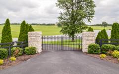 001_Entry Gate